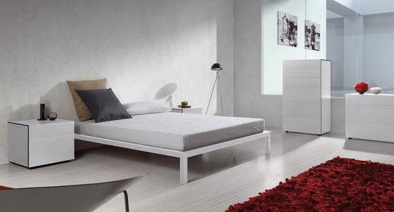 Classica Bedframe by Sistema Midi | Bedframes