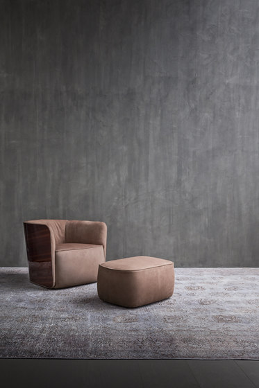 Softwing Armchair by Flou | Armchairs