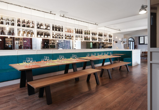 Midi Colors Table by Sistema Midi | Restaurant tables