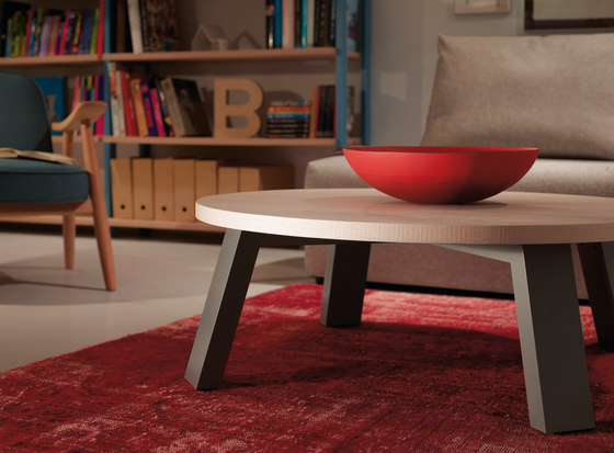 Midi Colors Table by Sistema Midi | Lounge tables