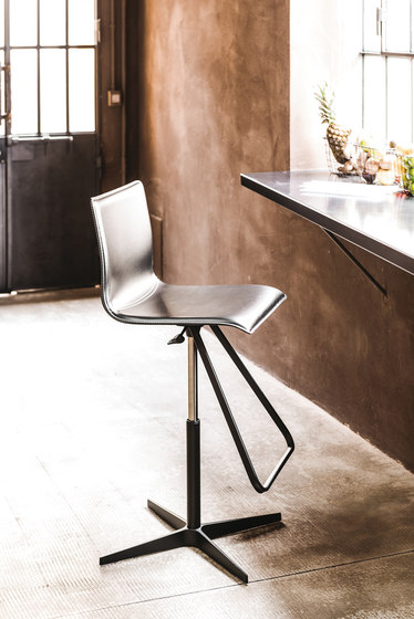 Toto by Cattelan Italia | Bar stools