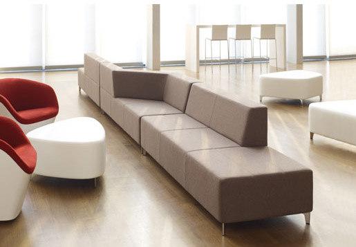 Kontour de Davis Furniture | Sofás