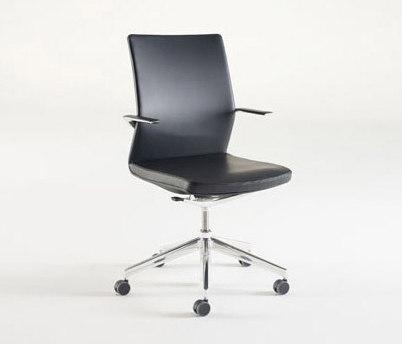 Linq de Davis Furniture   Sillas