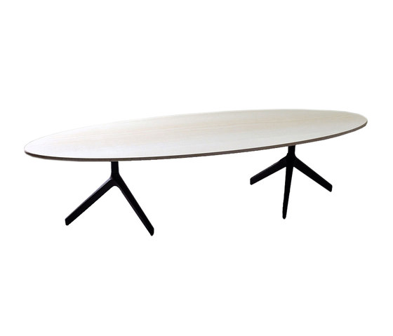 Rik Salon table by Röthlisberger Kollektion | Lounge tables
