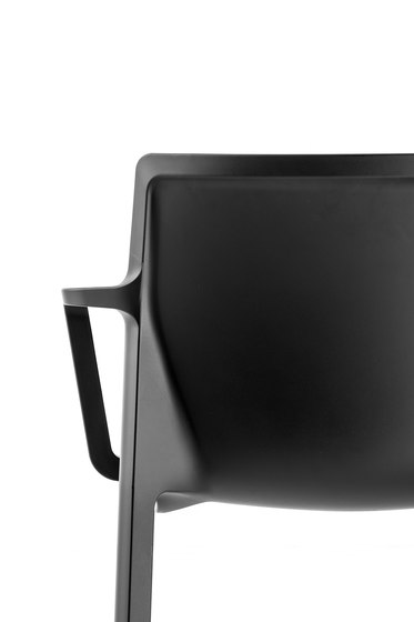 LP Silla de Kristalia | Sillas para restaurantes