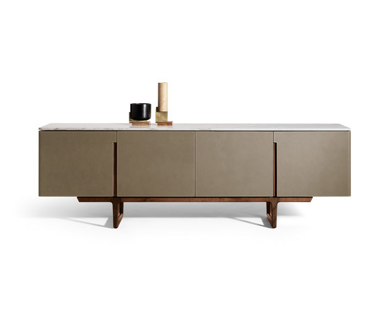 Fidelio Low cabinet by Poltrona Frau | Sideboards