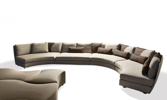 Dhow Sofa by Giorgetti | Sofas