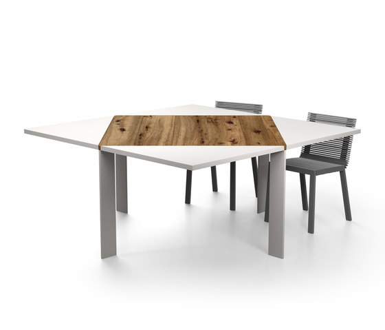 Loto Table by LAGO   Dining tables
