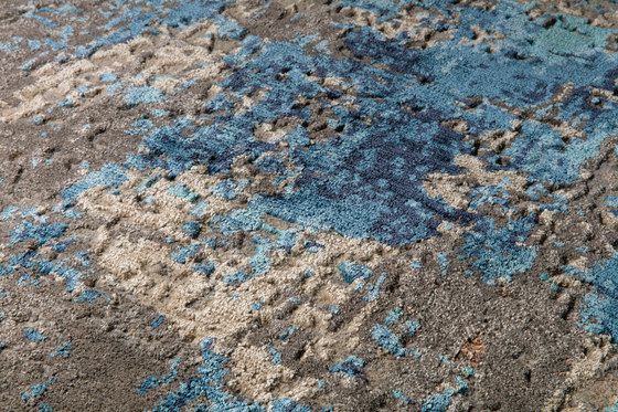 Abstracts 1 blue by THIBAULT VAN RENNE | Rugs