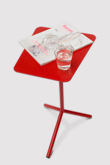 By your Side de roomours | Tables d'appoint