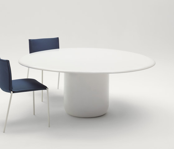 Gon by Paola Lenti | Dining tables