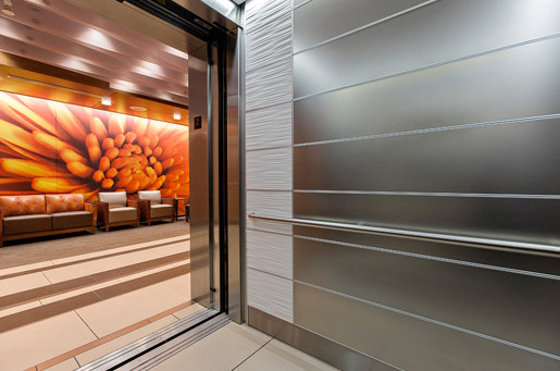 Elevator Interiors de Forms+Surfaces®   Baldosas metálicas