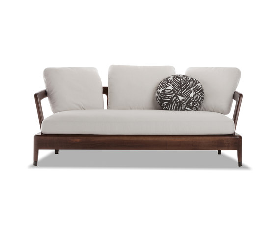 Virginia outdoor sofa garden sofas from minotti architonic for Minotti outlet italy