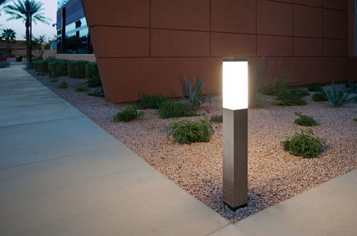 Rincon Family by Forms+Surfaces® | Bollard lights