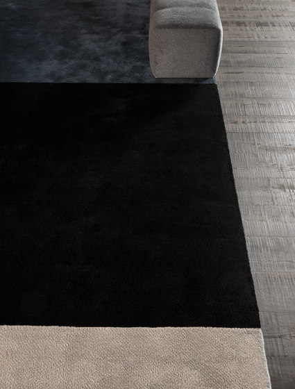 Dibbets Flag by Minotti | Rugs