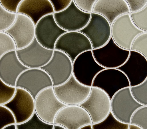 Small Fan Glazed Ceramic Tile di Pratt & Larson Ceramics | Piastrelle ceramica
