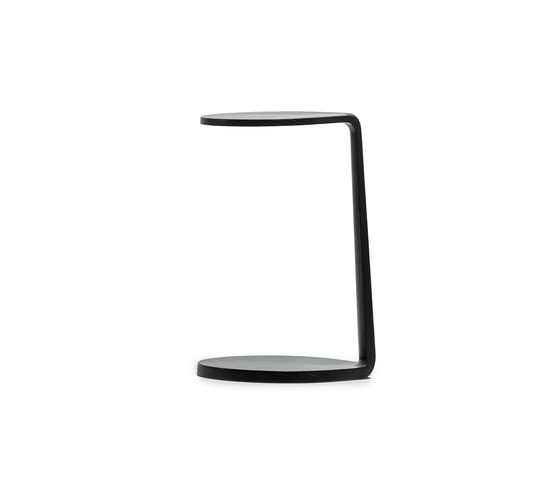 Primum Oval side table by MS&WOOD | Side tables