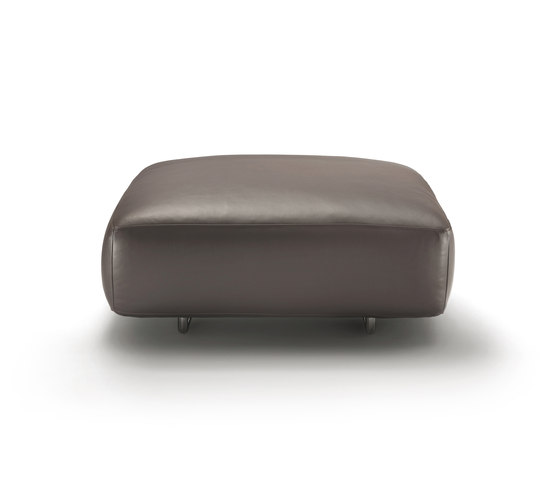 Edmond pouf by Flexform | Poufs