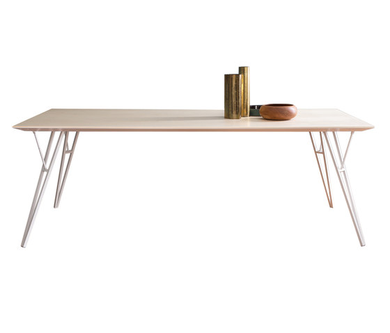 Eiffel-Y | rectangular table de Skitsch by Hub Design | Mesas comedor