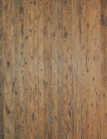 ELEMENTs Reclaimed wood hacked H4 de Admonter Holzindustrie AG | Planchas de madera