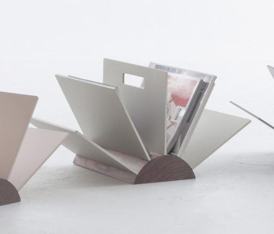 book porte revues de tonin casa architonic. Black Bedroom Furniture Sets. Home Design Ideas