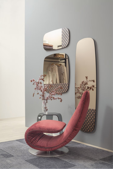 Marguerite by Tonin Casa | Mirrors