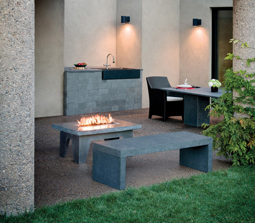 Vesta Fire Table by Stone Forest | Ventless fires