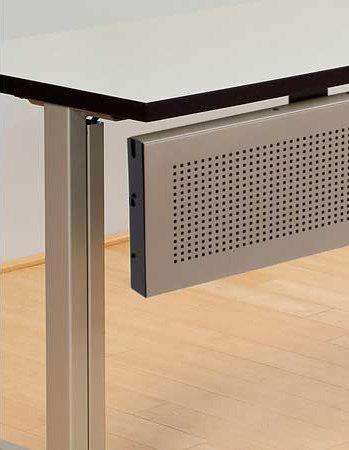 Uno tavoli contract versteel architonic for Produttori tavoli