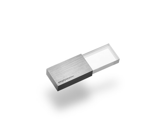 Empty Memory | Transparency Silver Brushed Finish de beyond Object | Diverso