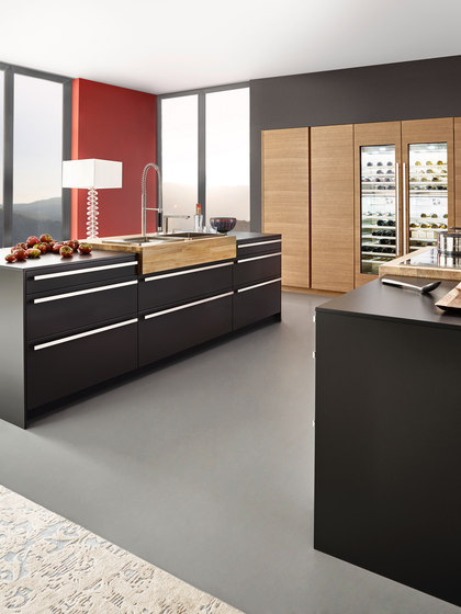 bondi cucine a parete leicht k chen ag architonic. Black Bedroom Furniture Sets. Home Design Ideas