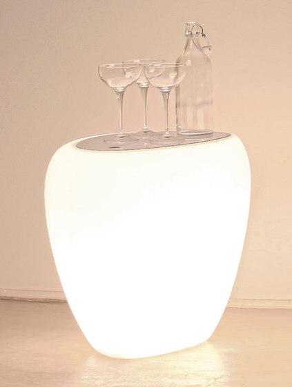 Ios Servetto With Light de Tonin Casa | Mesas auxiliares