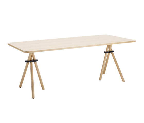 Bouquet BQ122090 by Karl Andersson | Dining tables
