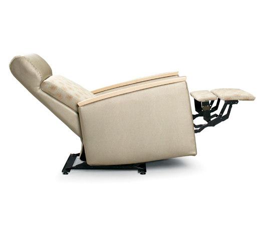 Facelift 3 Evolve Wall Saver Recliner di Trinity Furniture   Poltrone