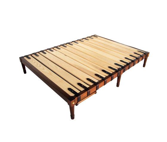 Jasper Bed de Richard Wrightman Design | Somieres / Armazones de cama