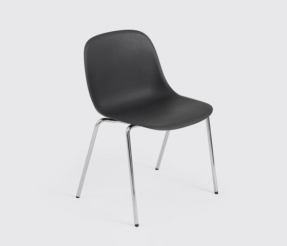 Fiber Side Chair | tube base stackable de Muuto | Sillas