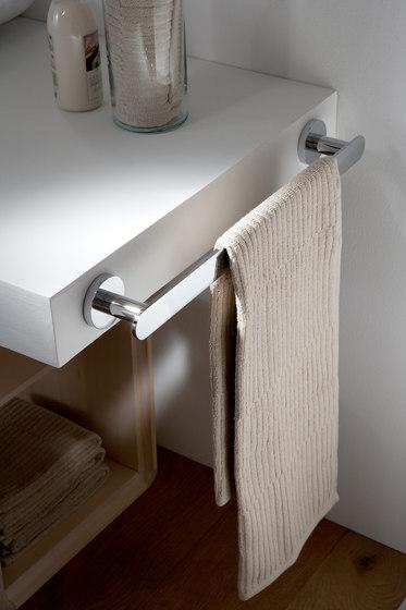 Sento - Towel bar 45,7cm de Graff   Estanterías toallas