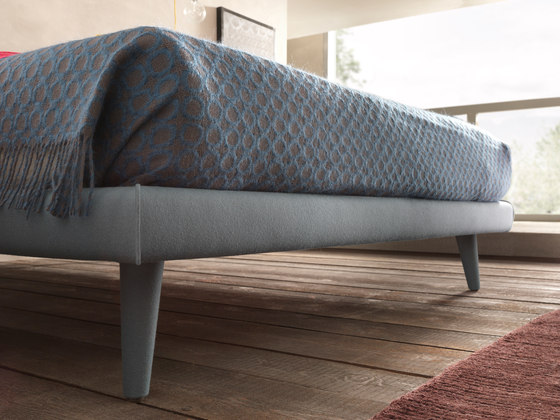 Corolle by Bolzan Letti | Beds