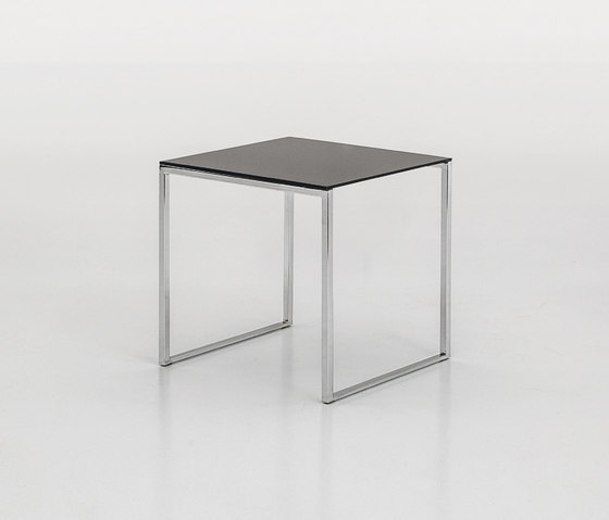 Central de Tonin Casa | Tables d'appoint