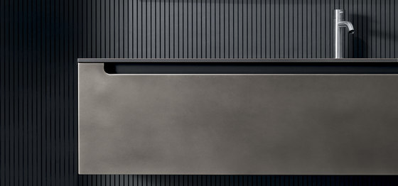 Edge Metal de Falper | Armarios lavabo