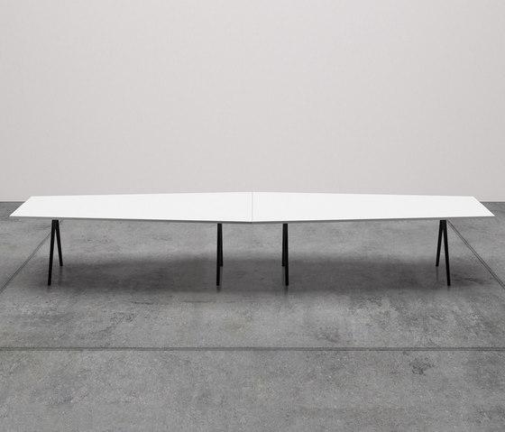 Meety trapezoidale di Arper | Tavoli contract