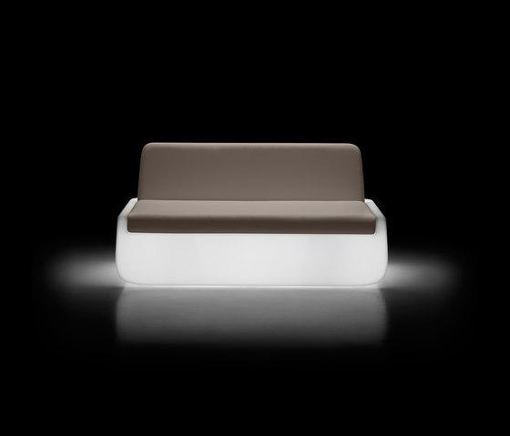 Bold | Sofa Light de PLUST | Canapés
