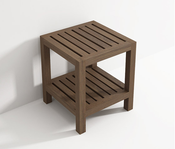 Stool with shelf de Idi Studio | Taburetes / Bancos de baño