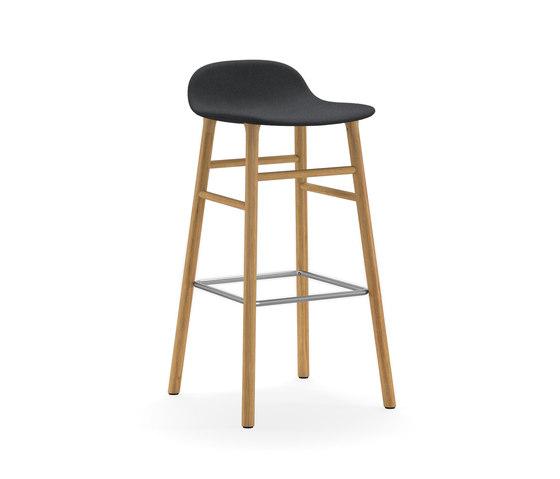 Form Barstool 75 Upholstered de Normann Copenhagen   Taburetes de bar