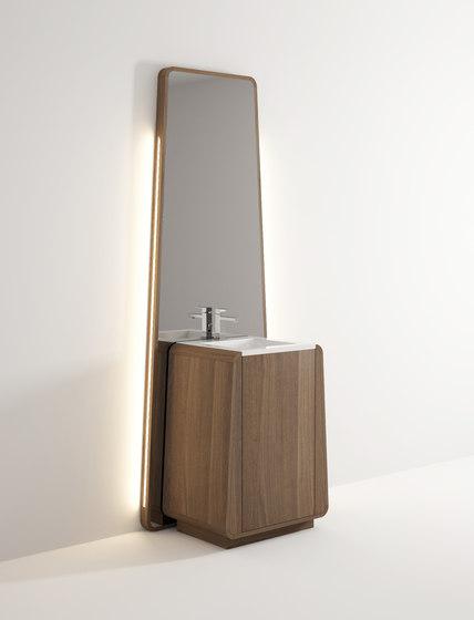 Totem standing basin di Idi Studio | Specchi