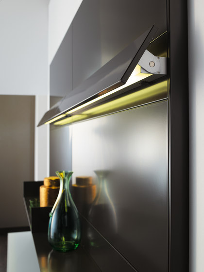Piece of gold by Forster Küchen | Wall storage systems