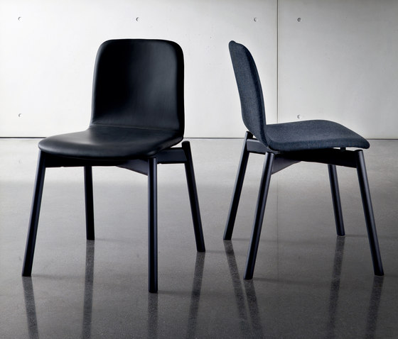 Two Tone Chair von Sovet | Stühle
