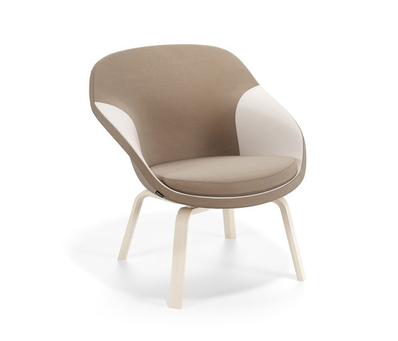Pax easy chair by Materia | Armchairs