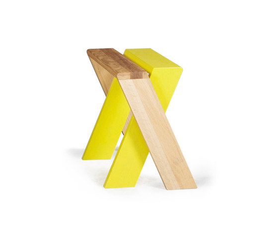 X-Series stool von Made by Choice | Mehrzweckhocker