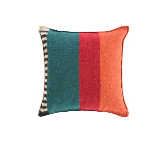 Rustic Chic Flower Cushion 64 Multi 4 de GAN | Cojines