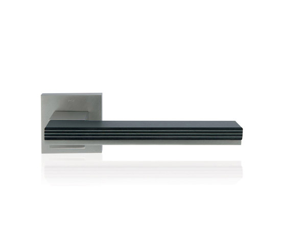 Mimolimit Door Handle by M&T Manufacture | Lever handles